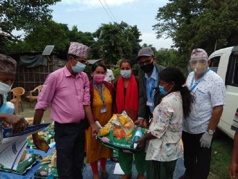 Needy households express happiness after receiving food supplies